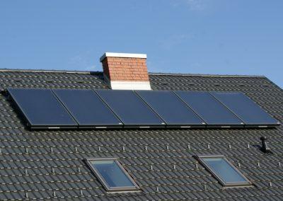 16 m2 Solaranlage liefert genug Wärme für Warmwasser und zur Heizungsunterstützung